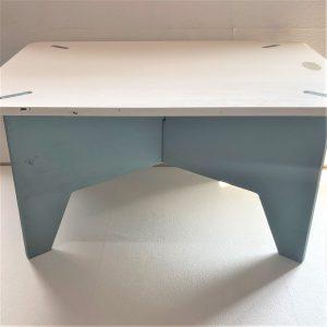 木テーブル